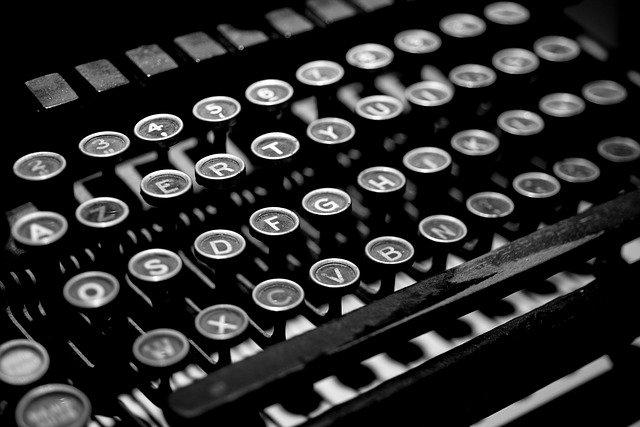 typewriter-blog writing